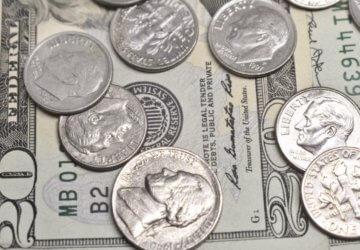 U.S. dollar rebounded after a short downturn on Monday